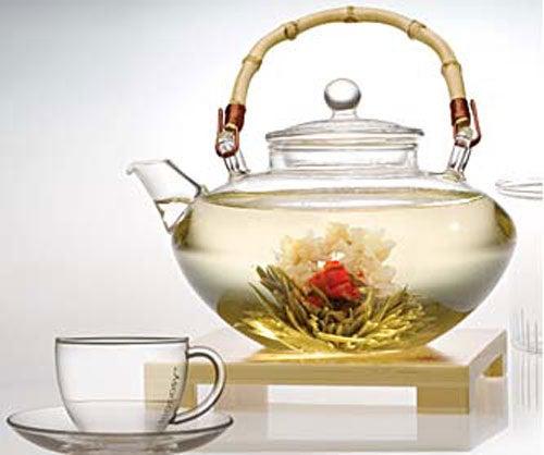 Белый чай выводит токсины