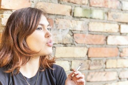 Курение и неприятный запах изо рта