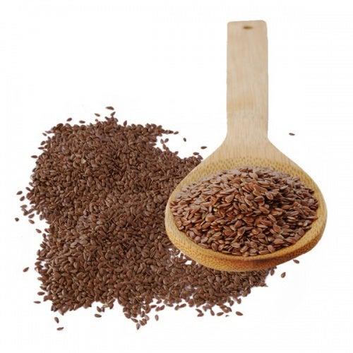 Льняное семя поможет сделать ногти более крепкими