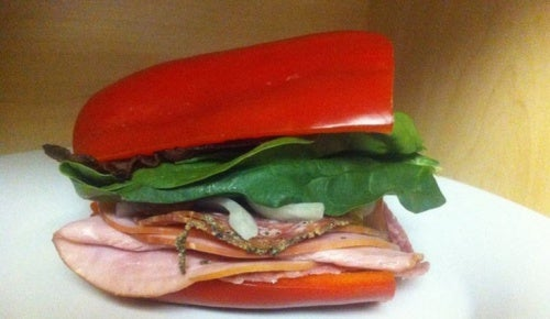 Сэндвич с красным перцем