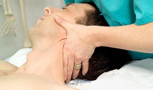 Массаж если болит шея