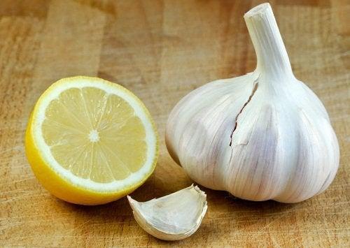 Чеснок и лимон снижают уровень холестерина