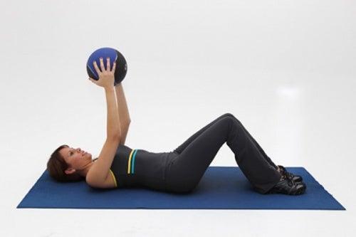 Упражнения помогут снять стресс и вылечить бруксизм