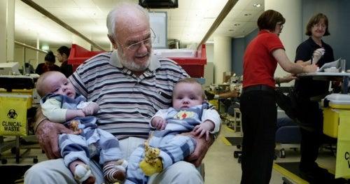Человек, спасший своей кровью миллионы детских жизней