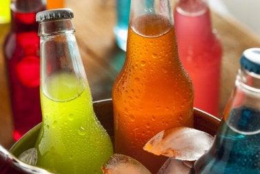 Кока-кола и газированные напитки