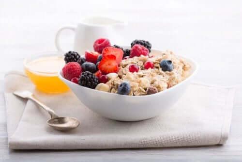 Полноценный завтраки мюсли