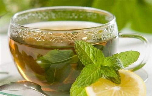 Зеленый чай снимет отек