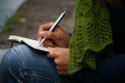 Письмо поможет снять нервное напряжение