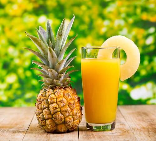 Сок из ананаса поможет вывести камни из почек