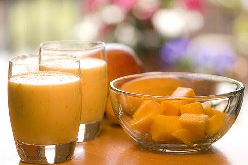 Напиток из манго восстановит кишечник