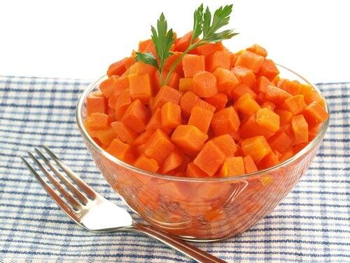 Вареная морковь поможет вылечить боль в горле