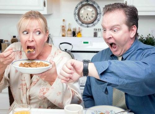 Вы все еще верите, что, пропуская завтрак, сможете быстрее похудеть?