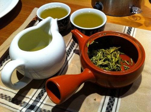 Зеленый чай помогает укрепить легкие