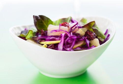 Салат из капусты оздоровит желчный пузырь