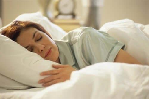 Расслабление во сне