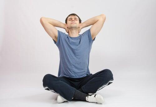 Вращение головы и тонус мышц шеи