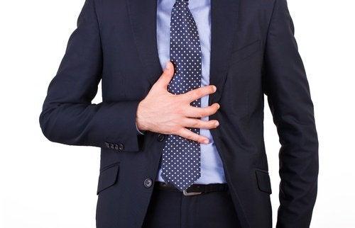 Гибискус поможет снять приступ острого гастрита