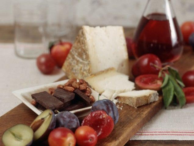 Шоколад и фрукты помогут вылечить мигрень