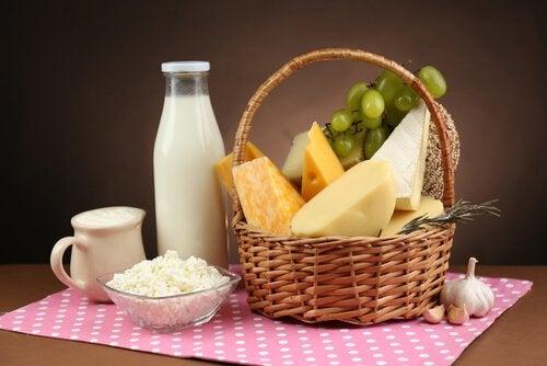 Молочные продукты сохранят кости здоровыми