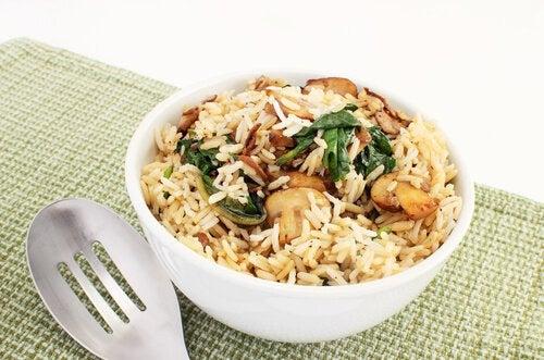 Бурый рис Для борьбы с депрессией