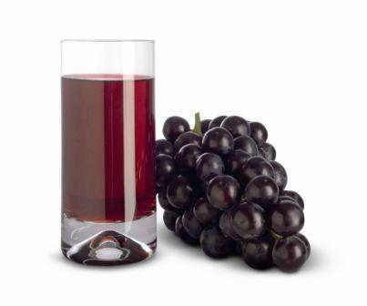 Виноградный сок может вызвать пожелтение зубной эмали