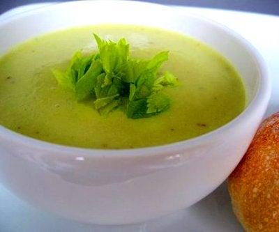 Суп из сельдерея для очищения печени и почек