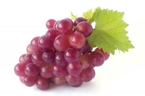 Виноград выводит токсины