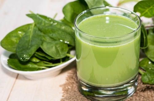 Высокое давление? 4 лучших зеленых коктейля!