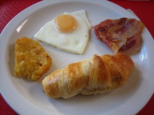Неправильный завтрак может навредить здоровью