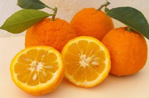 Горький апельсин помогает бороться с запорами