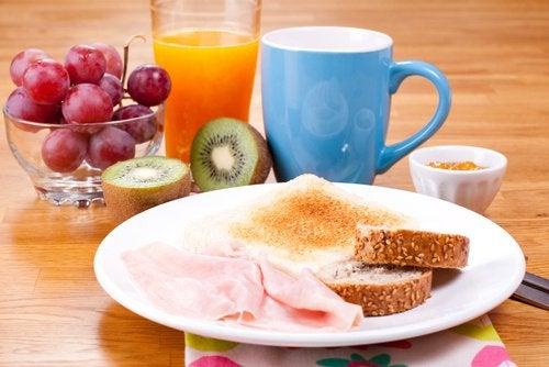 Хорошо позавтракать чтобы похудеть