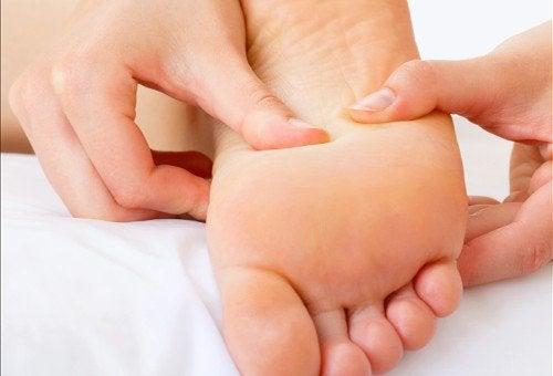 Массаж ног если плантарный фасциит