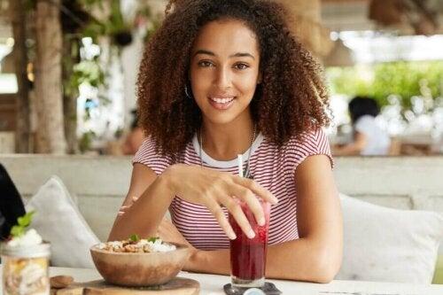 Здоровое питание чтобы избавиться от пятен на коже