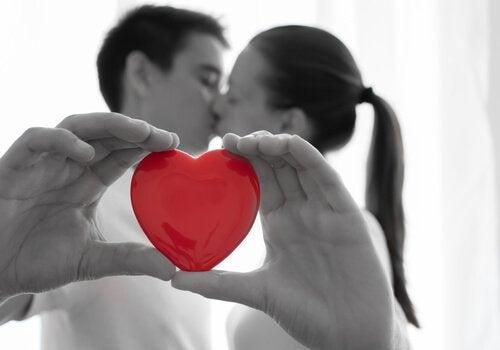 Взаимное доверие укрепляет любовь