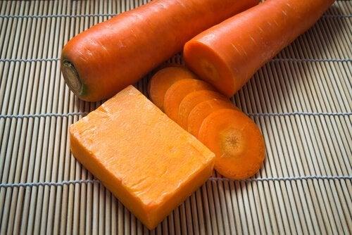 Здоровая кожа и морковь