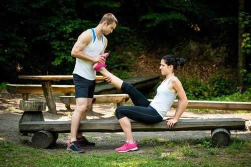 Растяжка поможет если сводит мышцы