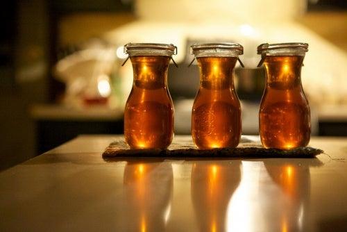 Как снять боль: домашний сироп из имбиря, меда и корицы