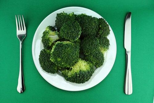Как избавиться от лишнего веса при помощи брокколи?