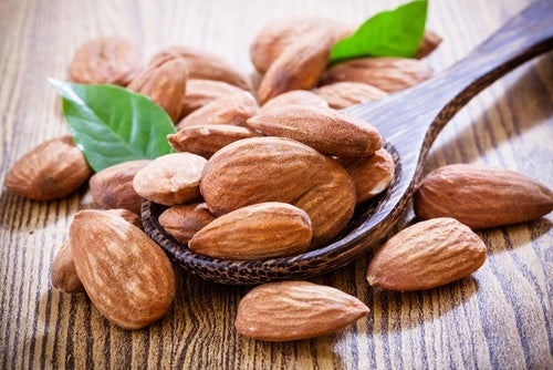Миндальные орехи ускорят похудение