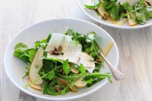 Рецепт салата из рукколы и укроп