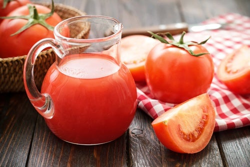 Доступные и полезные: 5 причин чаще есть помидоры
