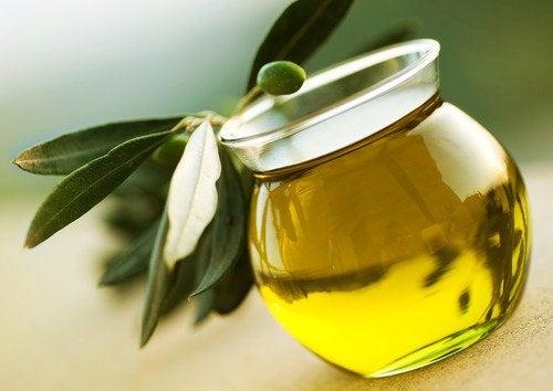 Оливковое масло и домашний крем
