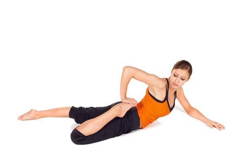 Растяжка поможет снять боль в спине