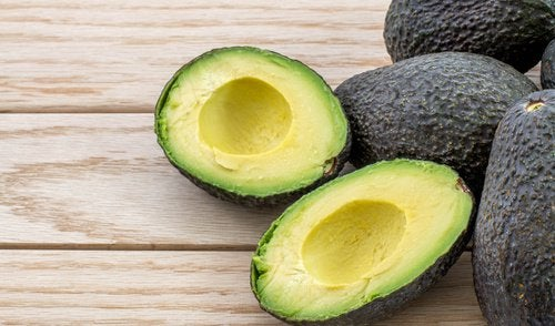 Зеленое авокадо для метаболизма