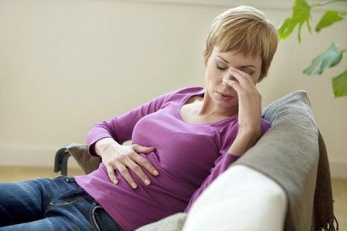 Язвенный колит и боль в желудке