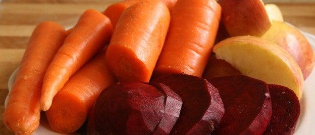 Как приготовить коктейль из свеклы и моркови