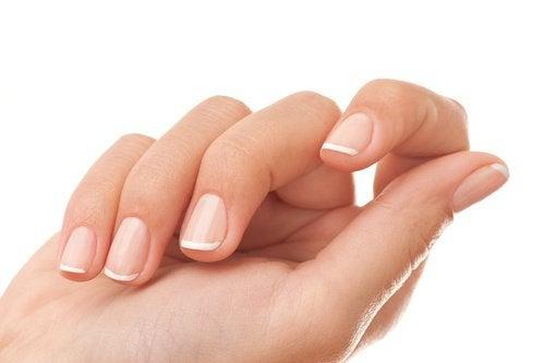 Натуральные средства укрепят ногти