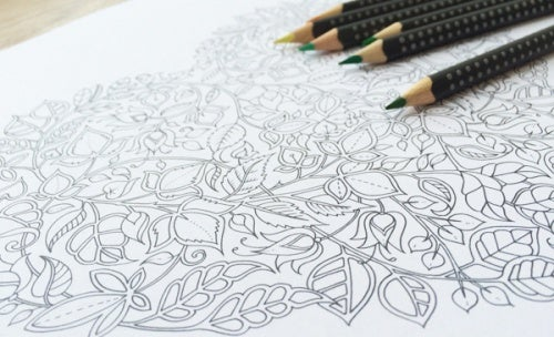 Раскрашивать карандашами