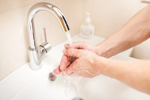 Мыть красивые руки