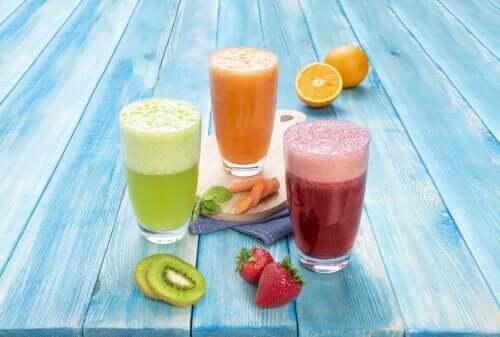 Лучшие фруктовые и овощные соки, которые можно пить натощак
